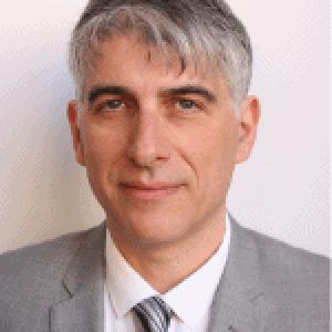 Dr. Gavin Suss